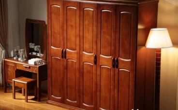 实木衣柜容易变形?实木衣柜保养技巧