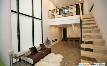 什么材质的楼梯便宜又好用,楼梯选材必看