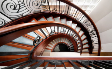 螺旋、折线、弧线形三种常见楼梯样式设计各有什么优势?