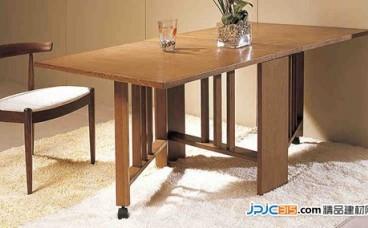 折叠餐桌有哪些特点 折叠餐桌如何保养