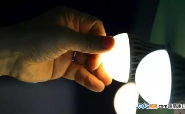 家用灯泡将取代 Wi-Fi ? 光波 Li-Fi 网速据称是无线宽带的100倍