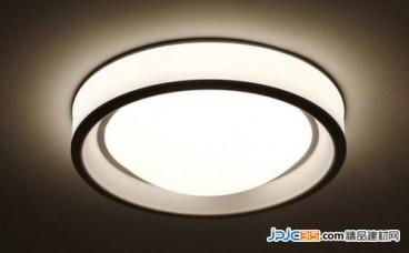 LED照明产业大而不强 企业需注重技术与人才
