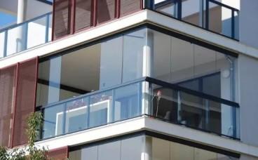 封阳台和贴瓷砖顺序不对可能存漏水隐患