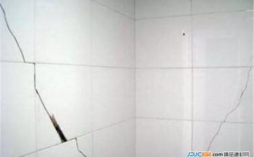 瓷砖开裂破损有划痕的原因